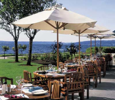 Lakeside Patio Dining 6 of 31