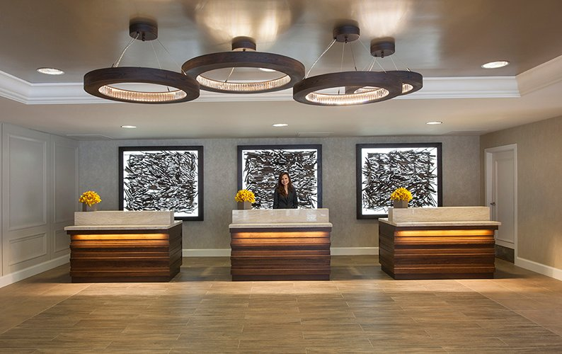 Lobby -Front Desk 5 of 15