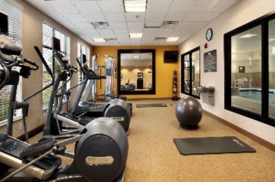 Well-Equipped Fitness Room W/ Precor Equipment 3 of 20