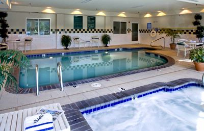 Indoor Pool And Spa 3 of 8