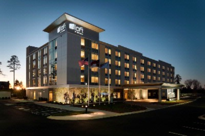 Aloft Charlotte Ballantyne Hotel 2 of 11