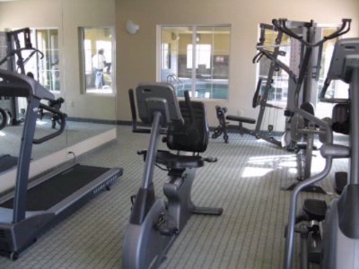 Fitness Center 6 of 8
