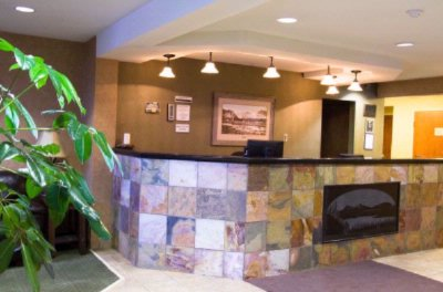 Front Desk/lobby 9 of 12