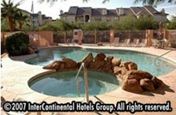 Outdoor Heated Pool & Whirlpool 6 of 15