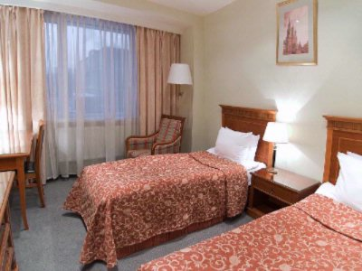 Medium Room With Twin Beds (1 Or 2 Persons) 5 of 20