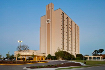 Doubletree Hotel Virginia Beach 1 of 3