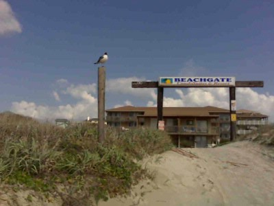 Beach Entrance And Bg1 4 1br Condos 4 of 15