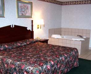 We Offer Rooms With King Sized Bed.... 5 of 6