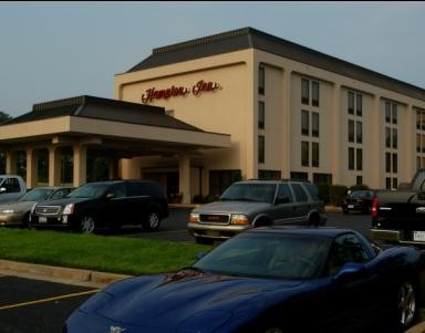 Hampton Inn Side View Building