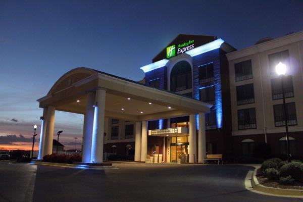 Holiday Inn Express Irondale