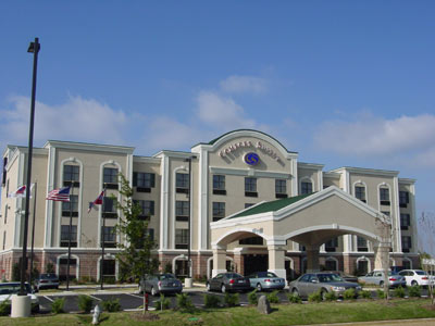 Comfort Suites Southaven 1 of 7