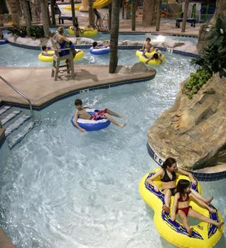 Edgewater Resort Waterpark Hotel Conference 2400 London Rd Duluth Mn 55812