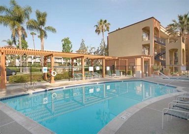 Country Inn Suites John Wayne Airport 1 of 11