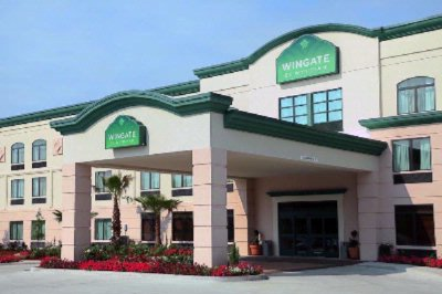 Wingate by Wyndham Houma La Front Of Hotel
