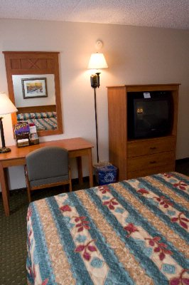 Hotel Room 5 of 6