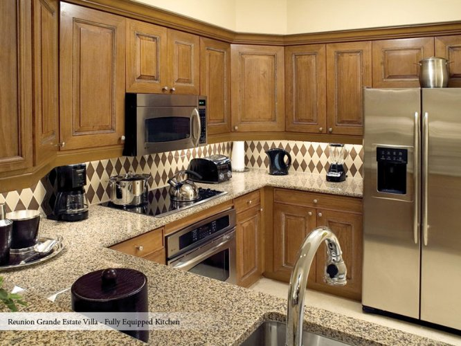 Grande Suite Gourment Kitchen 6 of 16