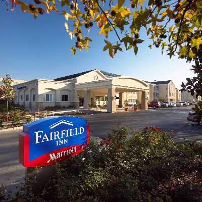 Fairfield Inn by Marriott 1 of 5