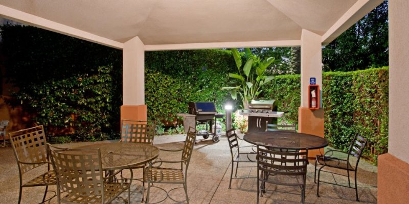 Enjoy The California Sunshine Under The Gazebo While Grilling Your Favorite Meal! 9 of 11