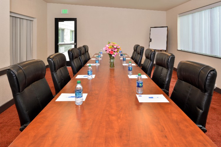 Conference Room 13 of 15