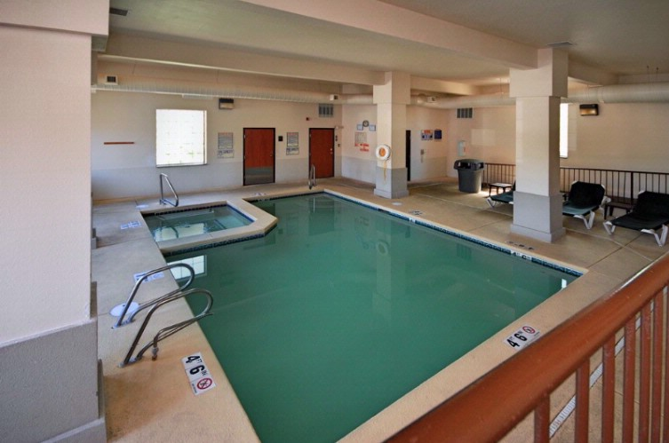 Heated Indoor Pool And Spa 8 of 31