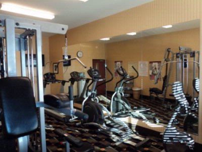 Fitness Center To Keep Up With That Exercise Routine 5 of 6