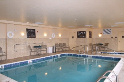 Indoor Heated Pool & Hot Tub 4 of 8