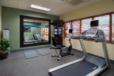Fitness Center 7 of 29