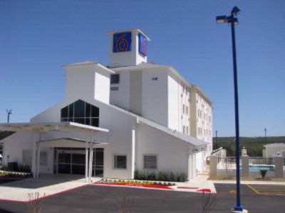Image of Motel 6 Marble Falls