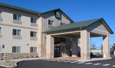 Sequim Quality Inn & Suites 1 of 7