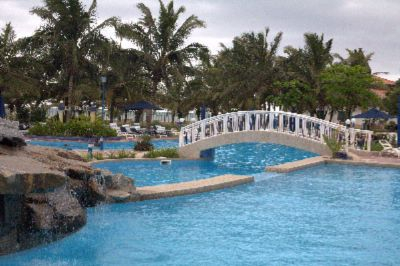 Ghana\'s Largest Swimming Pool 3 of 13
