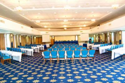 Hold Your Conferences In Style At La Palm 5 of 13