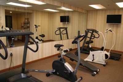 Fitness Room 13 of 13