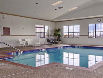 Indoor Pool & Spa 10 of 11