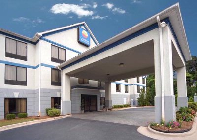 Image of Comfort Inn & Suites Peachtree Corners / Norcross