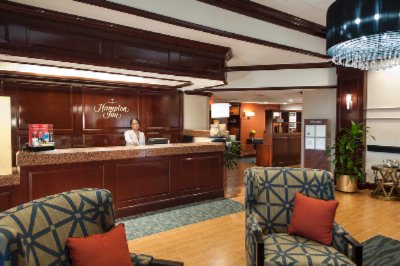 Lobby Front Desk 11 of 11