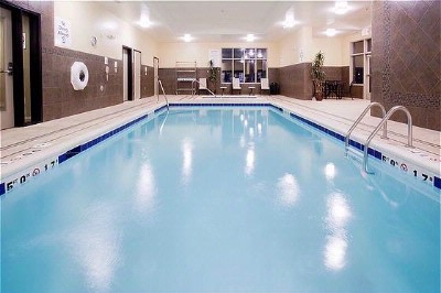 After A Long Day Of Seeing The Sites In The Grand Valley You Can Relax In Our Indoor Pool And Hot Tub. 6 of 9