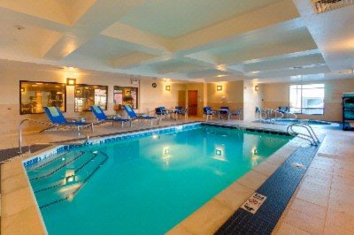 Indoor Swimming Pool And Hot Tub 7 of 10