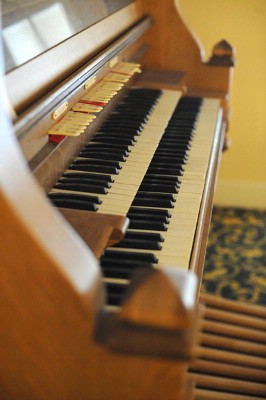 Restored Wurlitzer Piano From 1920s-Only One In The Usa!!! 10 of 11