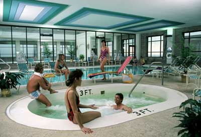 Indoor pool and whirlpool 6 of 8