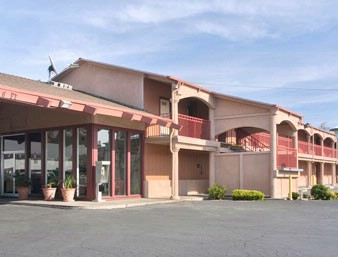 Days Inn Modesto 1 of 6