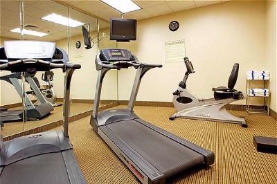 Fitness Room 16 of 23