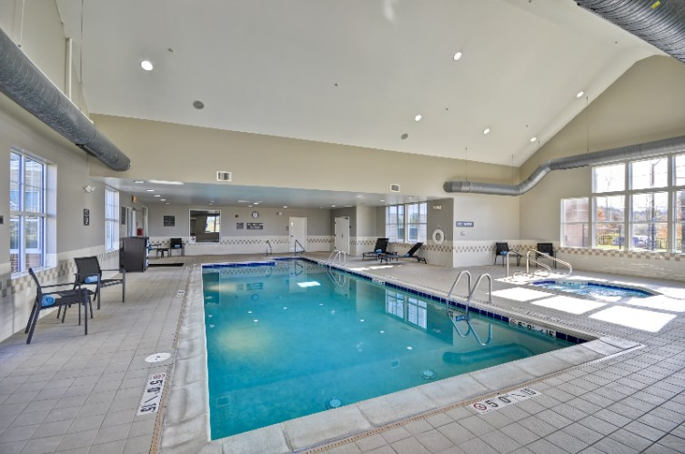 Indoor Heated Pool And Spa 4 of 11