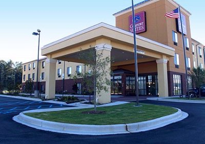 Image of Comfort Suites Pell City