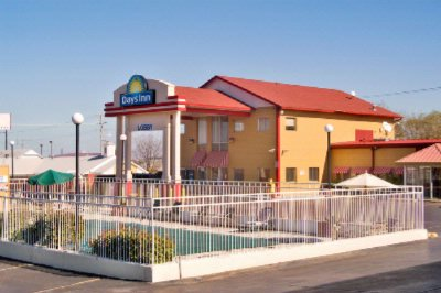 Americas Best Value Inn Tulsa West I 44 5525 Skelly Dr Ok 74107