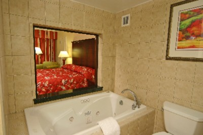 Deluxe Room With Jacuzzi Tubs 11 of 24