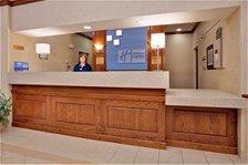 Front Desk 15 of 18