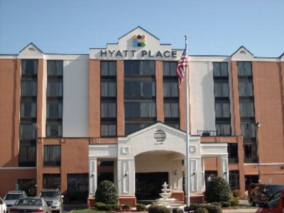 Hyatt Place Charlotte Airport / Tyvola Road 1 of 8