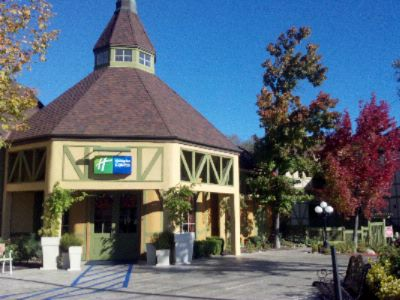 Holiday Inn Express Solvang 1 of 16