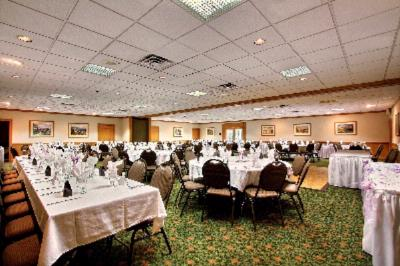 Banquet Room 4 of 5