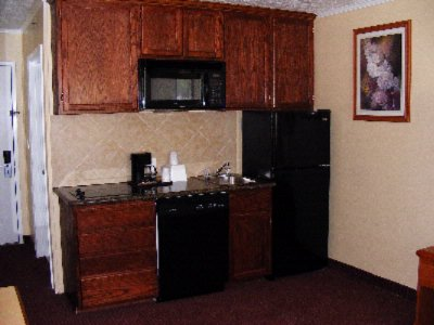 Deluxe Suite -Kitchenette 5 of 11